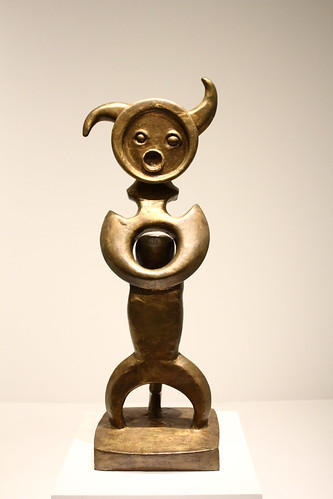 Max Ernst: Moonmad