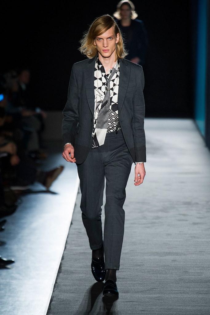 Paul Boche3444_FW13 Milan Diesel Black Gold(fashionising.com)