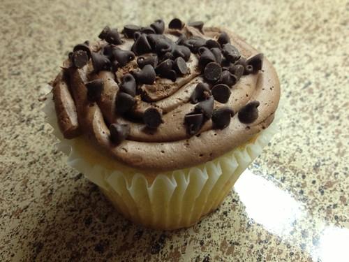 Chocolate Chip Cookie Dough Stuffed Cupcake