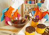 Passe cobertura de chocolate derretido by Ateliê Bonifrati