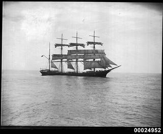 German four-masted barque GUSTAV departing Sydney