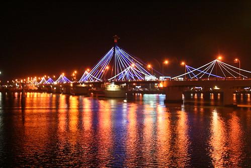 Han river bridge in night
