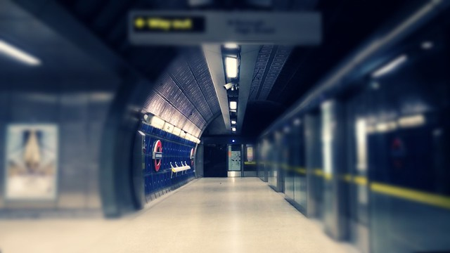 London Bridge, 12:32 #EmptyUnderground