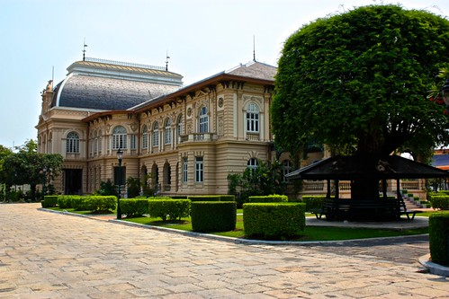 "the ""guesthouse"" for the grand palace"
