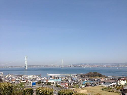 淡路サービスエリアから明石海峡大橋を望む