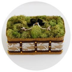 Burlap and Moss Ring Pillow