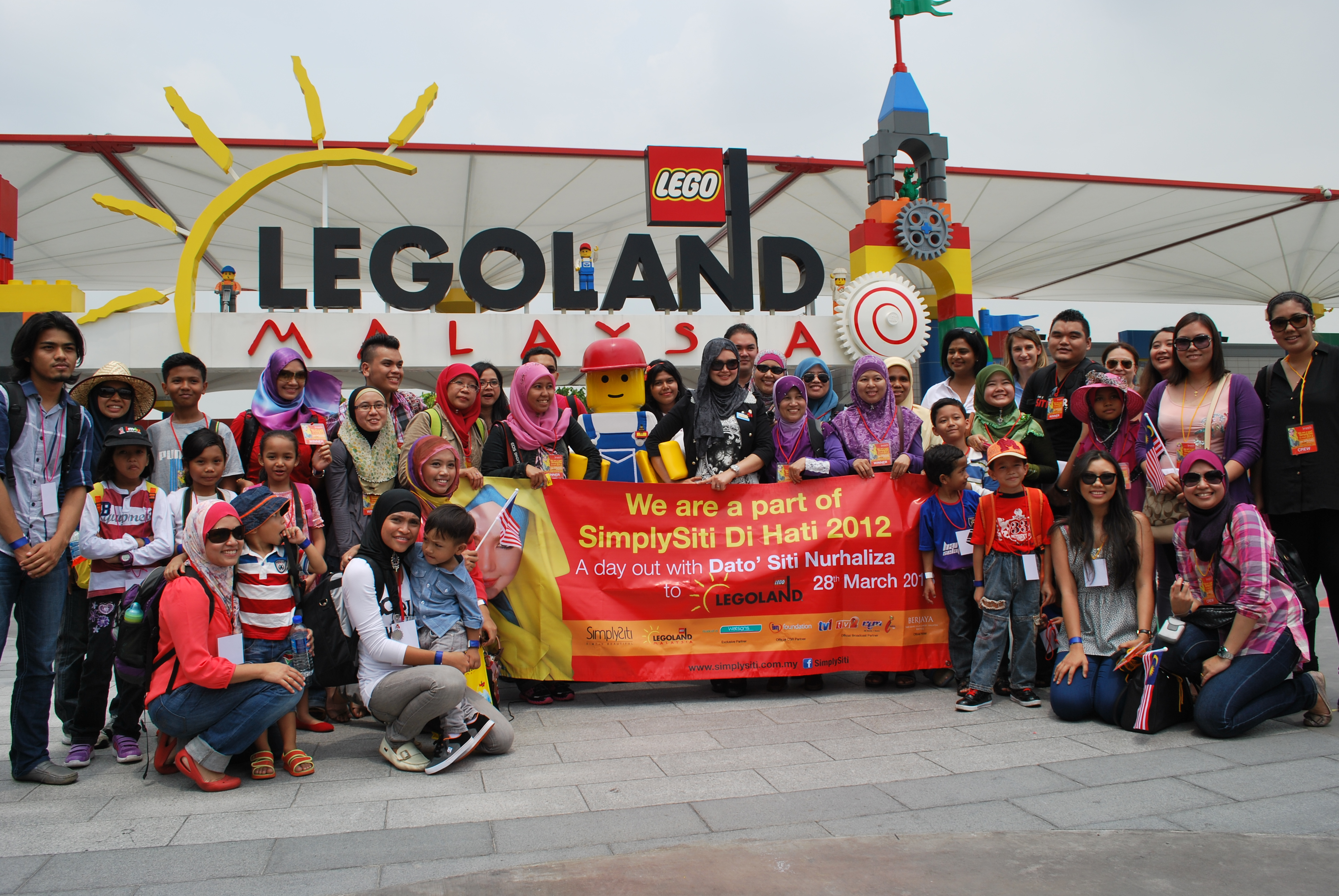 Gambar Dato Siti Nurhaliza & Pengguna SimplySiti di Legoland Malaysia