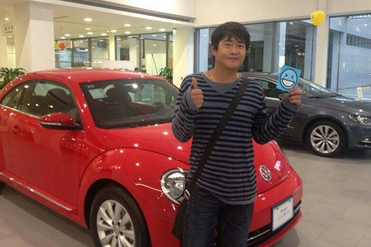 20130405 VW刮刮樂第一輛Beetle送出