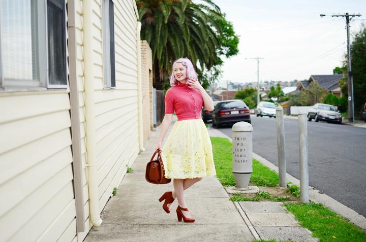 vintage pink cardigan d