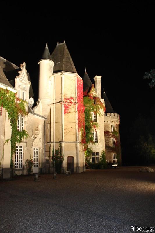 photo du golf Golf Du Chateau Des Sept Tours - Parking