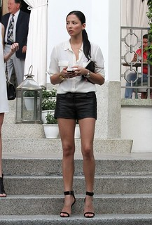 Jessica Gomes Leather Shorts Celebrity Style Women's Fashion