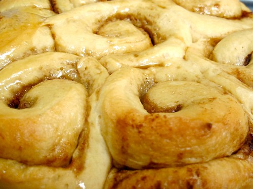 Easy bread machine cinnamon rolls