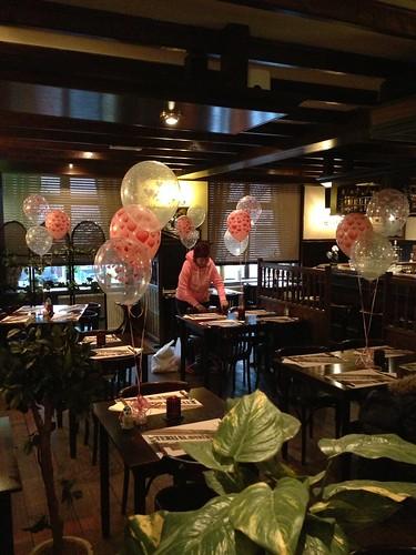 Tafeldecoratie 3ballonnen Valentijnsdag Klavertje 4 Spijkenisse
