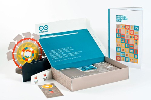 Arduino Starter Kit - photo by Monica Tarocco - thanx to DomusWeb