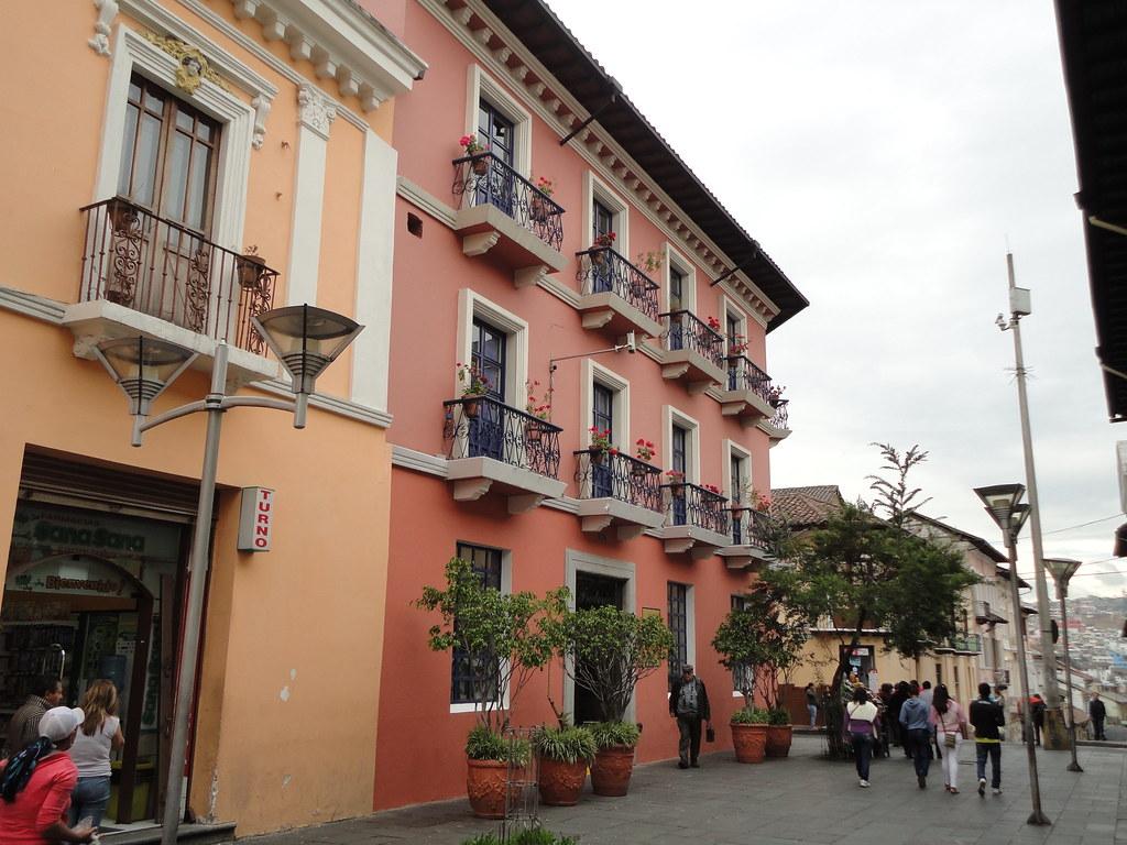 Quito la foto del d a iv archivo page 191 - Casas en quito ecuador ...