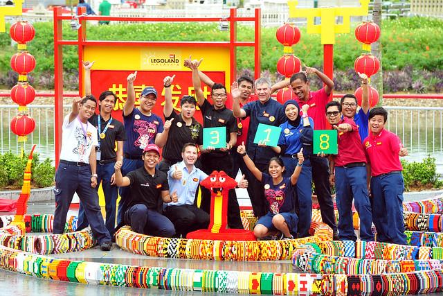 LEGOLAND Malaysia World's Longest LEGO Snake (30)