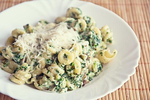 Těstoviny s riccotou a špenátem