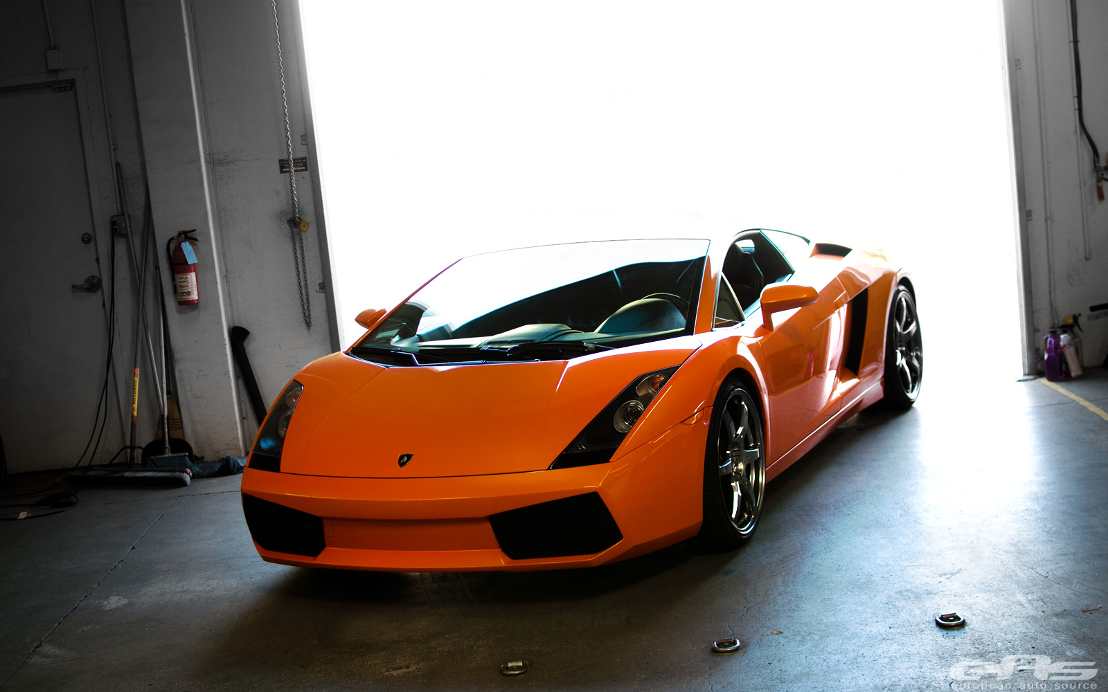 Lamborghini Gallardo in the Garage by eas