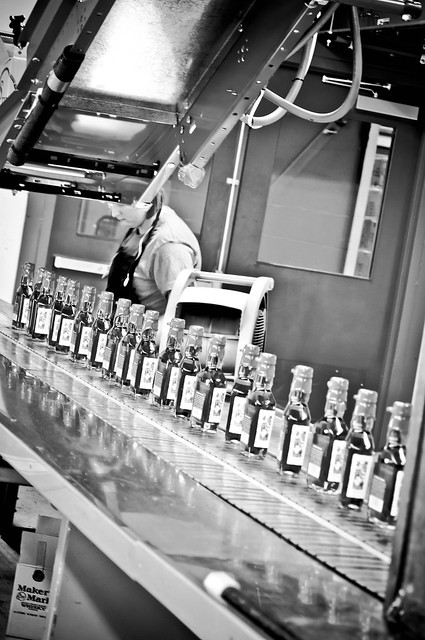 Makers Mark BW Assembly Line - Tour of the Maker's Mark Distillery | PopArtichoke.com