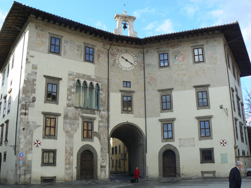 bâtiment Pise 1.jpg