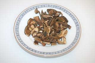 05 - Zutat getrocknete Steinpilze / Ingredient dried porcini