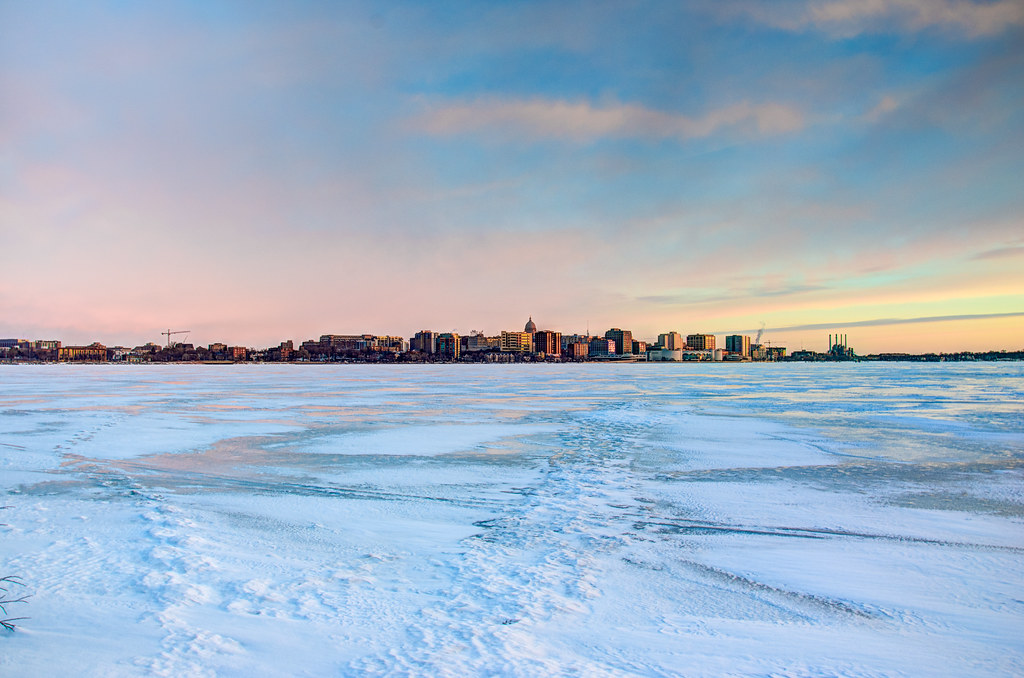 Saturday Morning Snow In Madison >> Madison Morning Madison Skyline Across Frozen Lake Monona