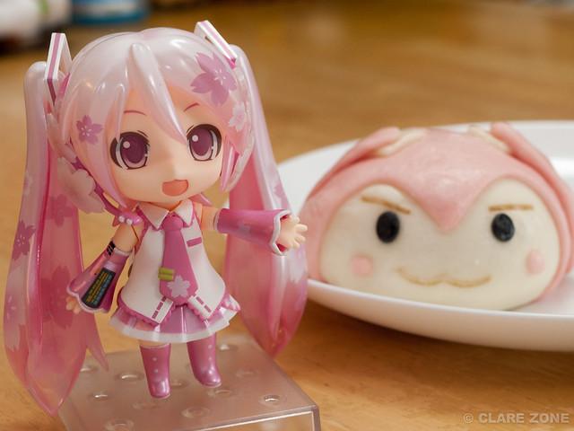 桜ミクまん と 桜ミク