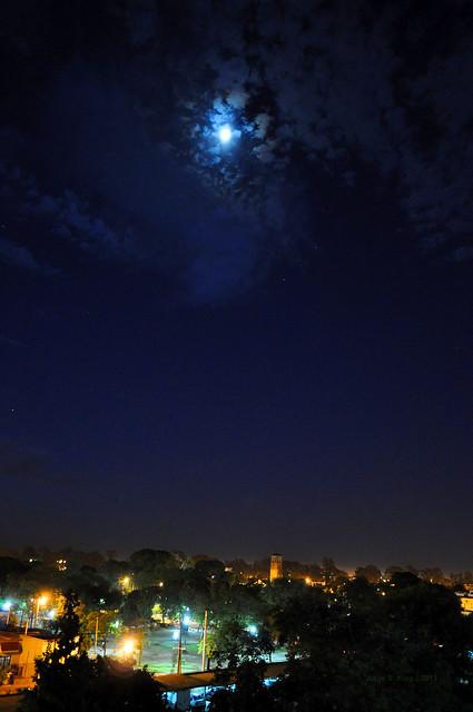 La primera noche de otoño (2013)