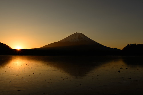 morning mountain lake sunrise fuji 日本 山梨県 shojiko 南都留郡