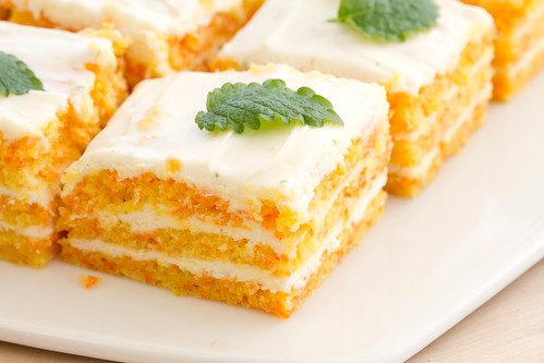 Carrot and cream cheese cake / Porgandi-toorjuustukook