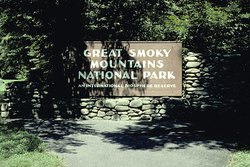 Great Smoky Mountains Park sign