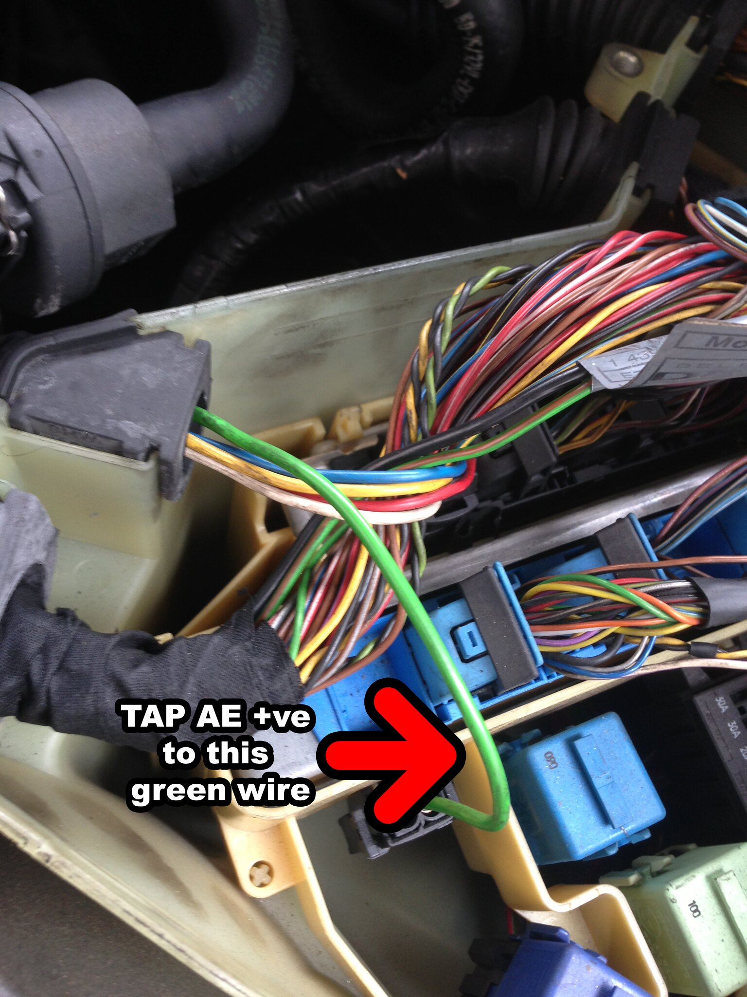 Angel eyes install problem e46fanatics i tapped this green wire to the ae and it worked no issues so far asfbconference2016 Choice Image