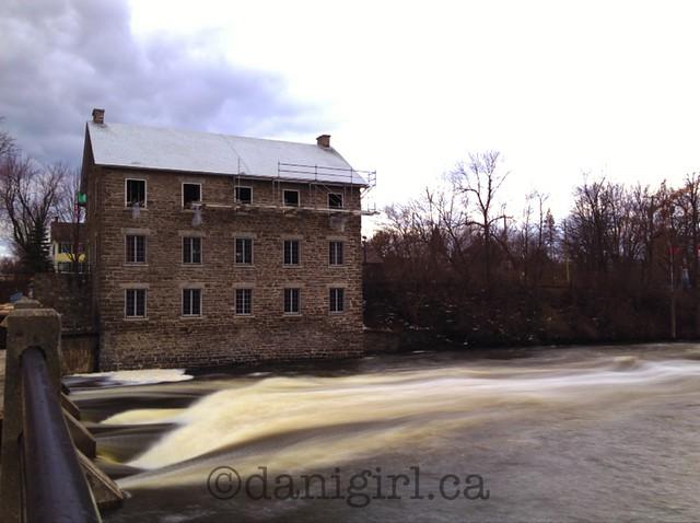 Slow shutter Mill