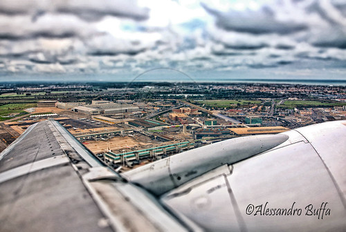 "In Fly -Aeroporto Roma ""Tiltshift""-"