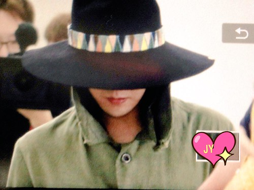 Big Bang - Gimpo Airport - 20may2015 - G-Dragon - Joey_GD - 02