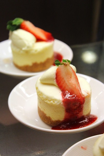 Baby Strawberry Cheesecake
