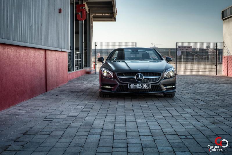 2013 Mercedes Benz SL500 front.jpg