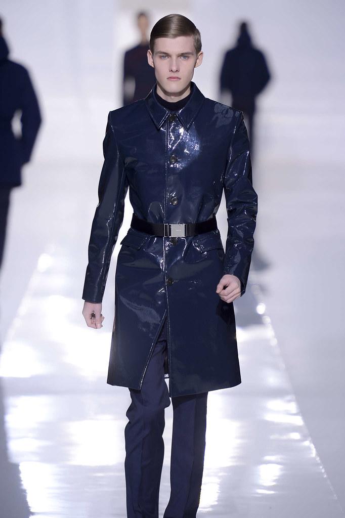 Adam Abraham3028_FW13 Paris Dior Homme(fmag)