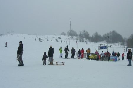 SNOW tour: Hlubočky a skvěle osvětlené večerní lyžování