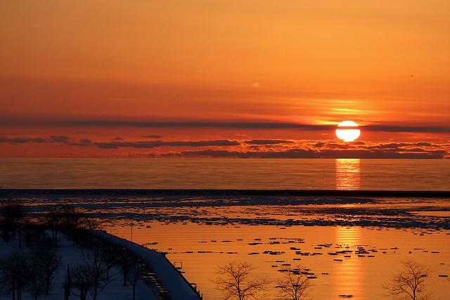 Winter Sunrise off Veterans Park