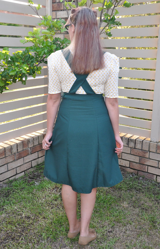 1940s pinafore skirt blouse