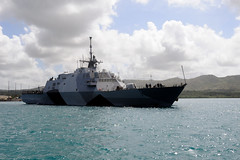 USS Freedom (LCS 1) makes its way into Apra Harbor on U.S. Naval Base Guam, March 29. (U.S. Navy photo by JoAnna Delfin)