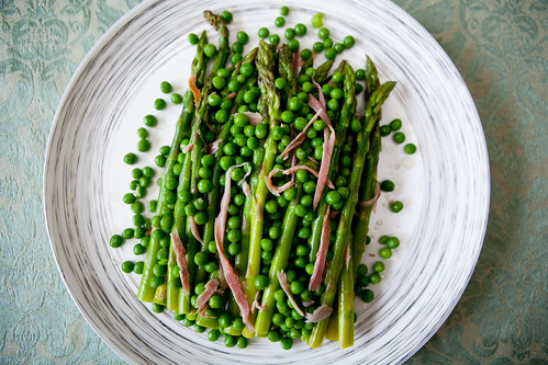 Asparagus, peas and shredded country ham with balsamic vinegar