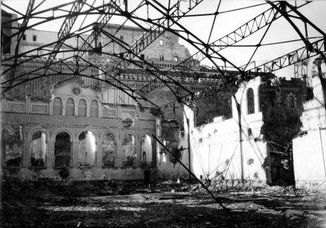 Picadero militar destruido en 1936. © Fondo Rodríguez. Archivo Histórico Provincial. JCCM. Signatura CA-374