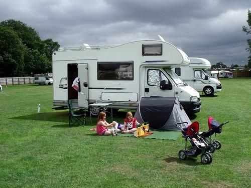 Thirsk Racecourse Caravan Club Site