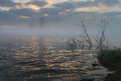 morning mist water fog skyline sunrise river landscape louisiana shoreline foggy batonrouge mississippiriver mrgreenjeans gaylon canonef28135mmf3556isusm gaylonkeeling