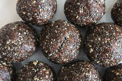 coconut(0.0), chocolate truffle(0.0), rum ball(0.0), produce(0.0), dessert(0.0), edible mushroom(0.0), chocolate balls(1.0), chokladboll(1.0), food(1.0), snack food(1.0), praline(1.0),