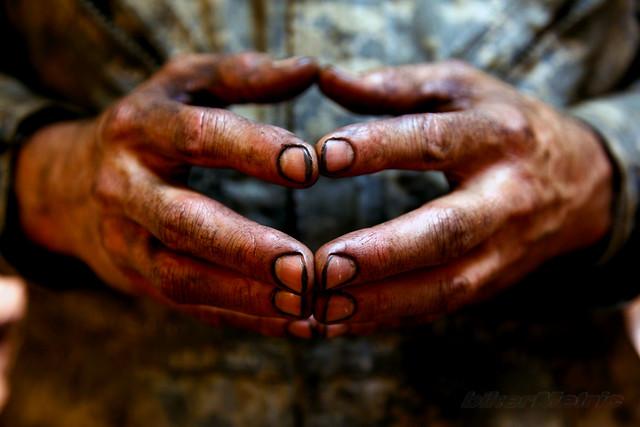 mechanic-hands