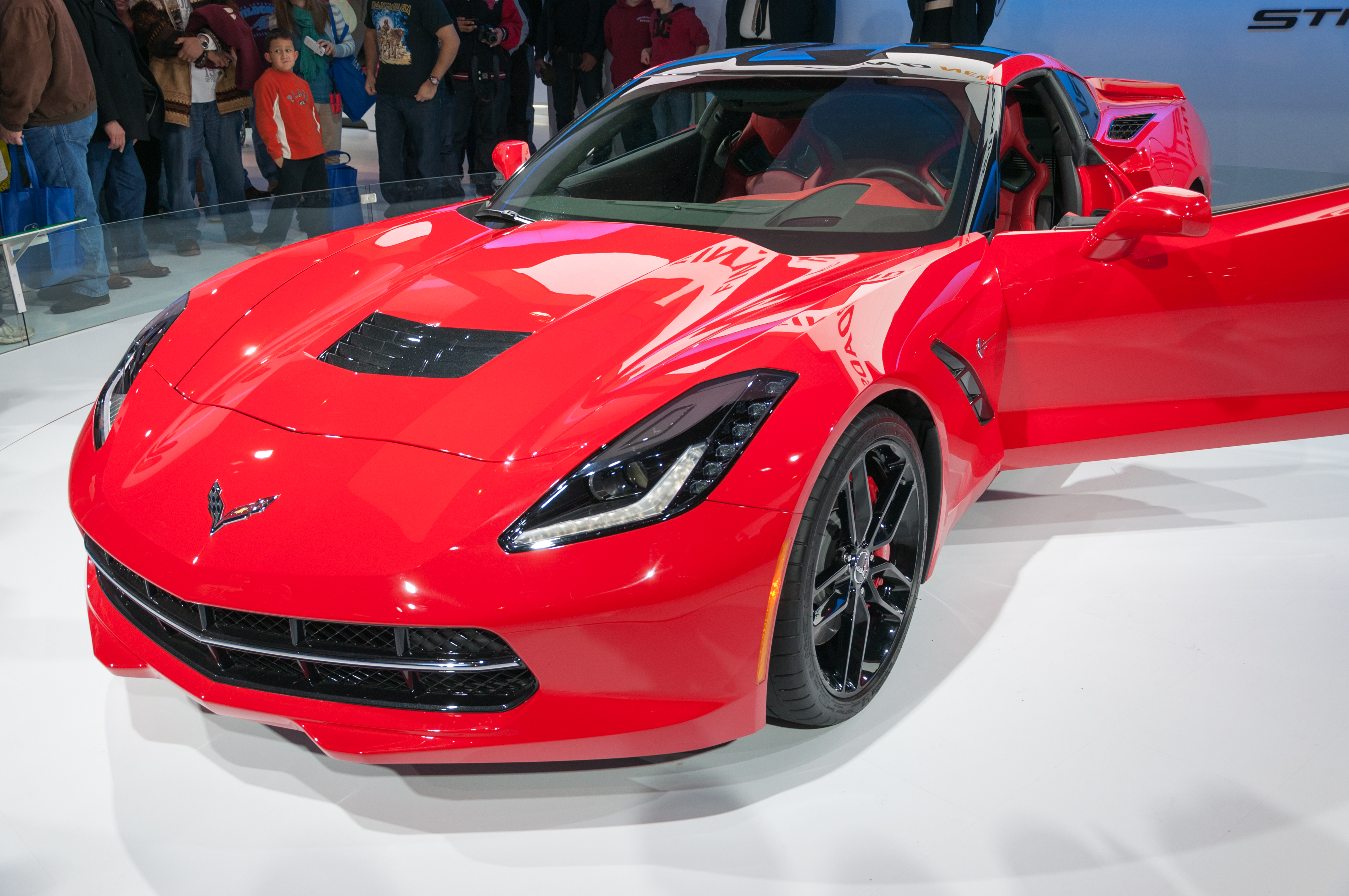gorgeous how much does the 2014 corvette stingray cost aratorn sport cars. Black Bedroom Furniture Sets. Home Design Ideas