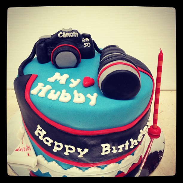 #cameracake for Hubby Birthday #cakeart #fondant #husband ...